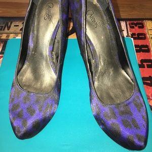 Carlos Santana blue leopard pumps